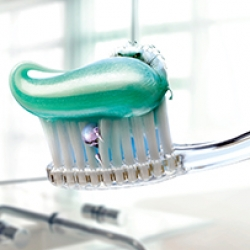 Vivaxim_Toothbrush-2_02