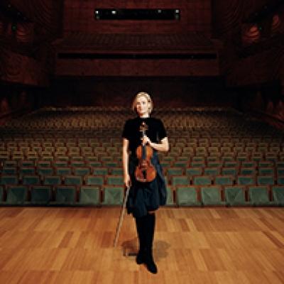 Kristoffer Paulsen capturesSatu Vänskä of the Australian Chamber Orchestra